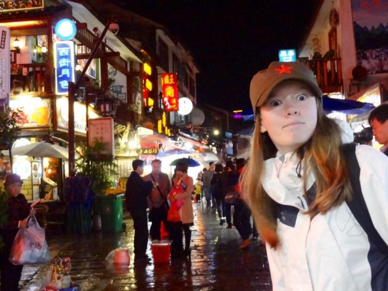 Kaisa i sitt ess på West-street.