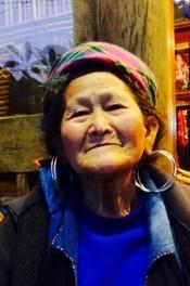 En annen kvinne i Sapa som solgte meg et flott skjørt.