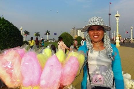 Kvinne som solgte sukkerspinn i Phnom Penh