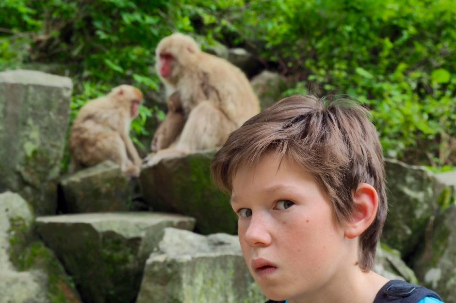 Isak digger apene i Yamanouchi